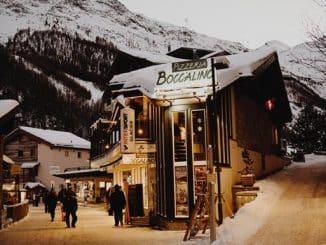 shops in ski village